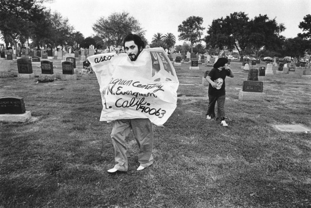 <p>Gronk at ASCO performance, Evergreen Cemetery, 1974</p>